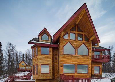 The Denali Overlook Inn in winter
